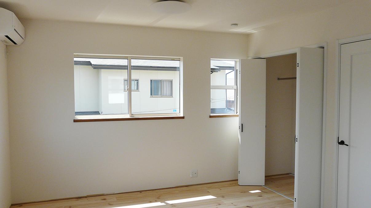 漆喰塗り壁のかわいいお家 内装工事20