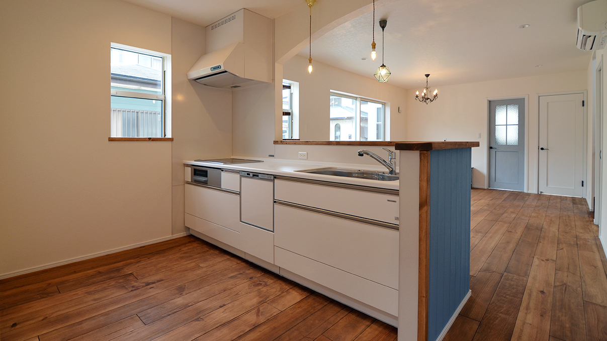 漆喰塗り壁のかわいいお家 キッチン