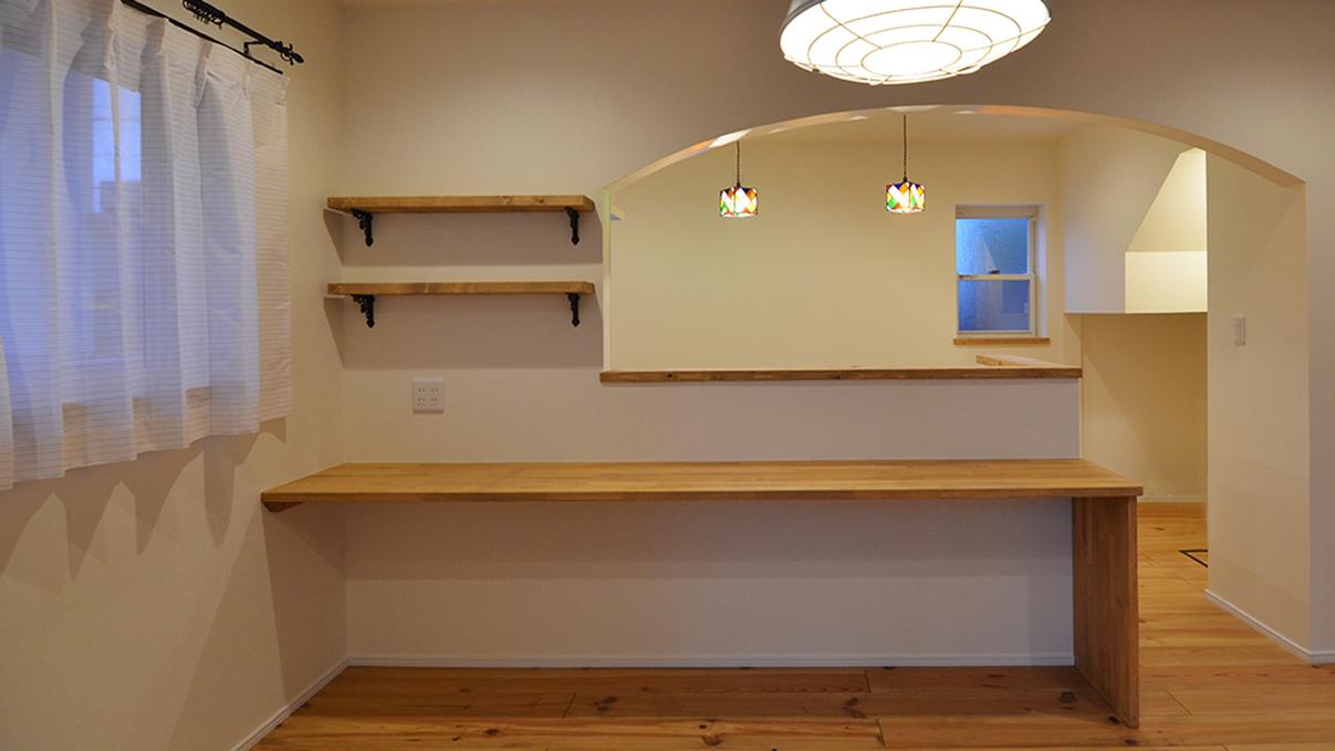 エイジング加工のキュートな家 キッチン&造作カウンター