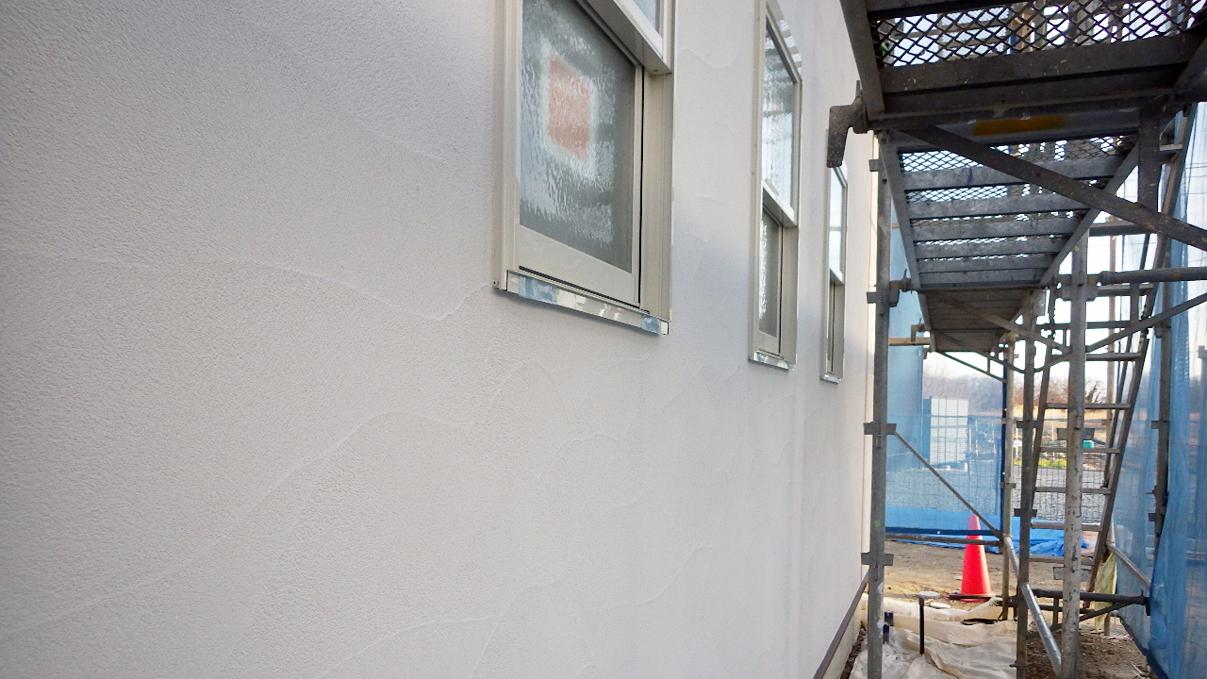 漆喰仕上げのキュートなお家 外装工事7