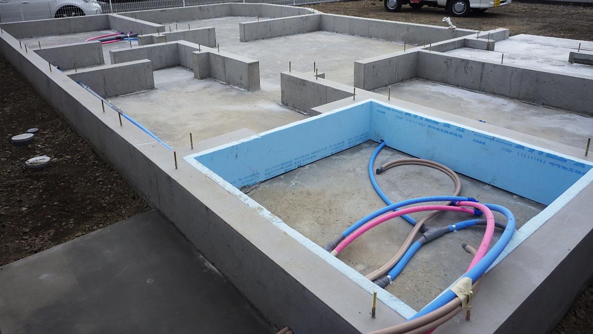自然素材にこだわるお家 基礎工事6
