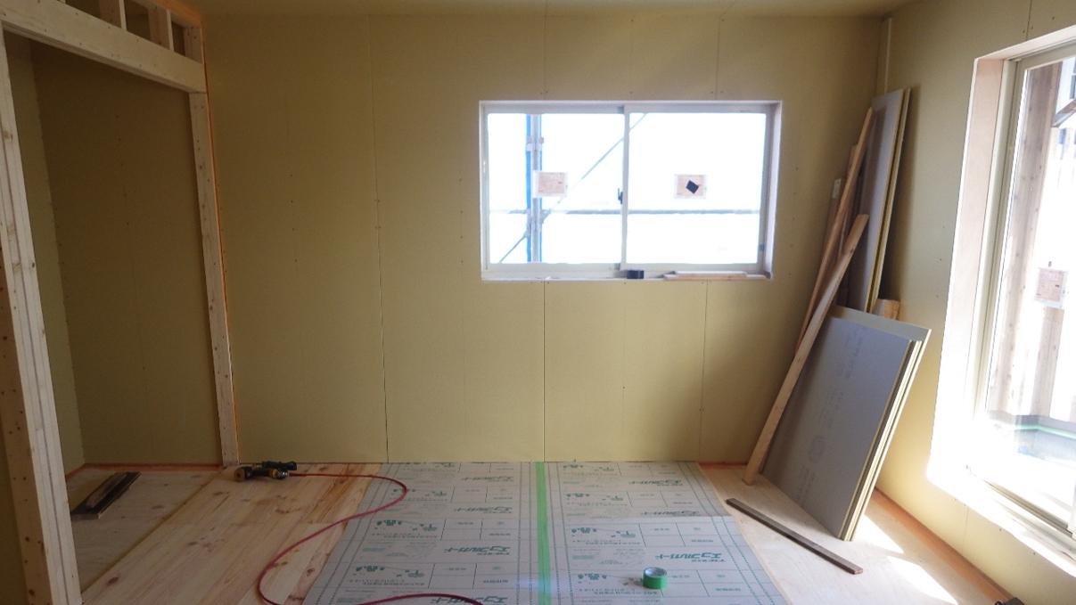自然素材にこだわるお家 内装工事10