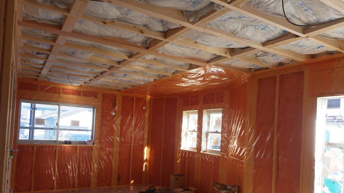 自然素材にこだわるお家 内装工事9
