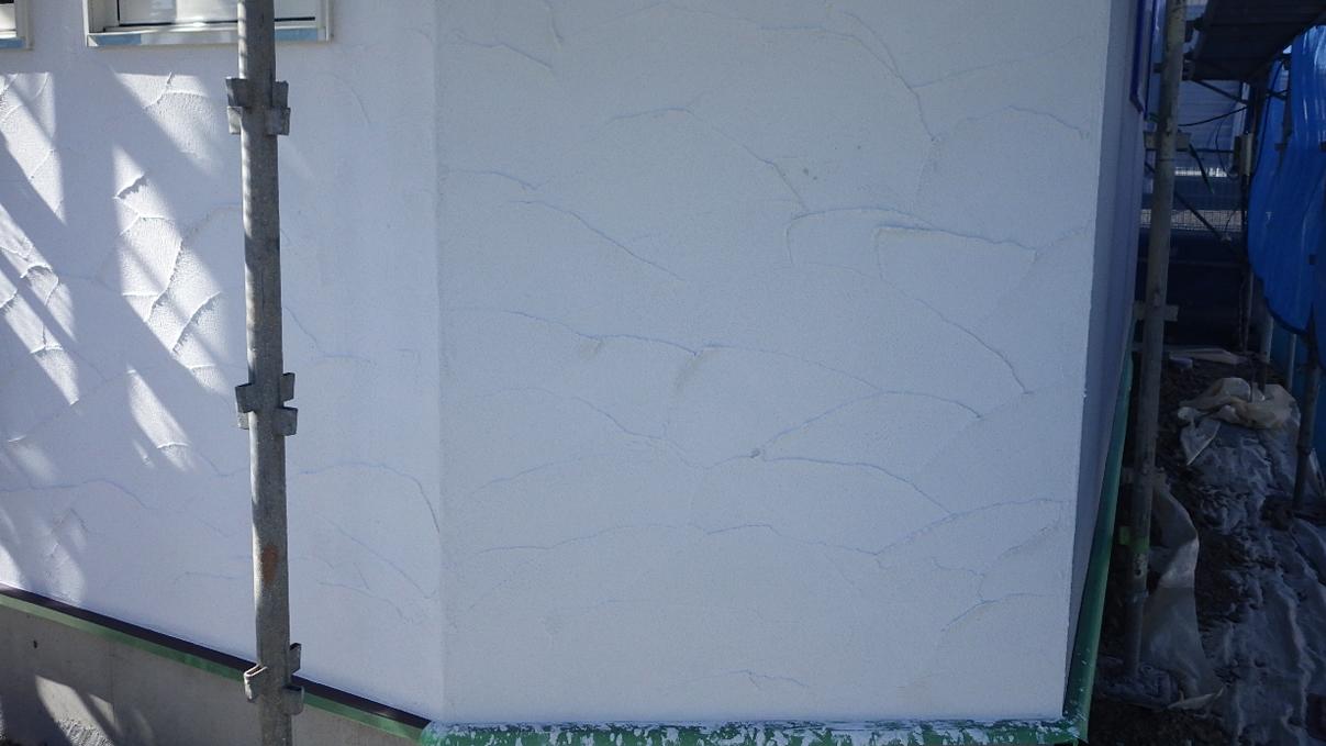 自然素材にこだわるお家 外装工事11